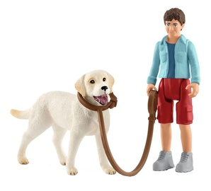 Rotaļlietu figūriņa Schleich Walking With Labrador Retriever 42478