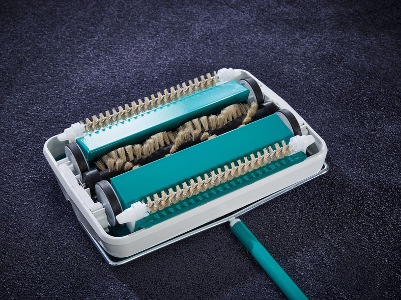 Leifheit Mechanical Brush For Carpets Regulus