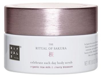 Ķermeņa skrubis Rituals Sakura Celebrate Each Day, 250 g