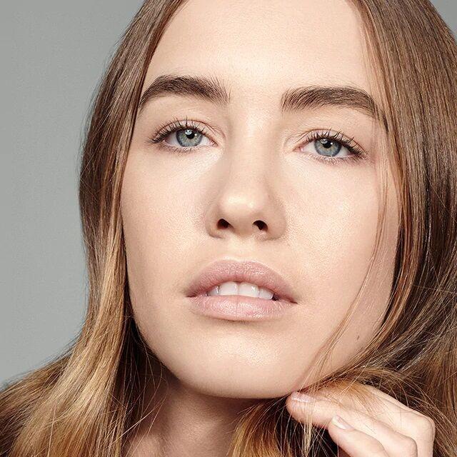 Estée Lauder Futurist Hydra Rescue Moisturizing Makeup SPF45 35ml 1N0