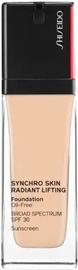 Tonizējošais krēms Shiseido Synchro Skin 220 Linen, 30 ml