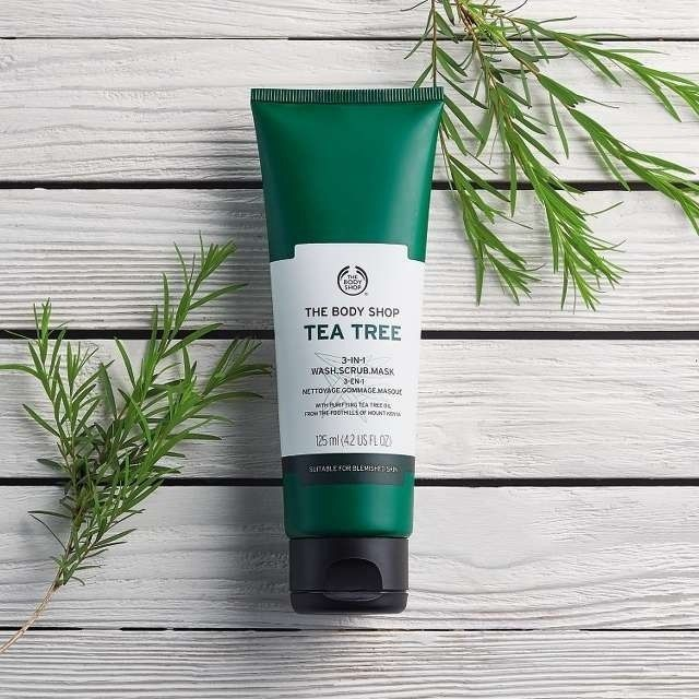Sejas maska The Body Shop Tea Tree 3 in 1 Wash Scrub Mask, 125 ml