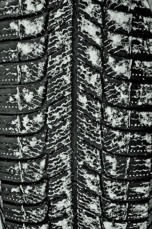 Ziemas riepa Michelin X-Ice XI3, 215/55 R16 97 H XL