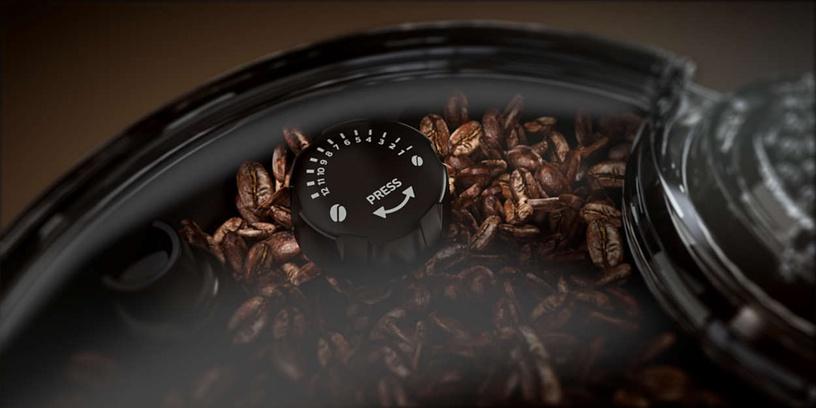 Kafijas automāts Philips Saeco Xelsis Super-Automatic SM7581/00