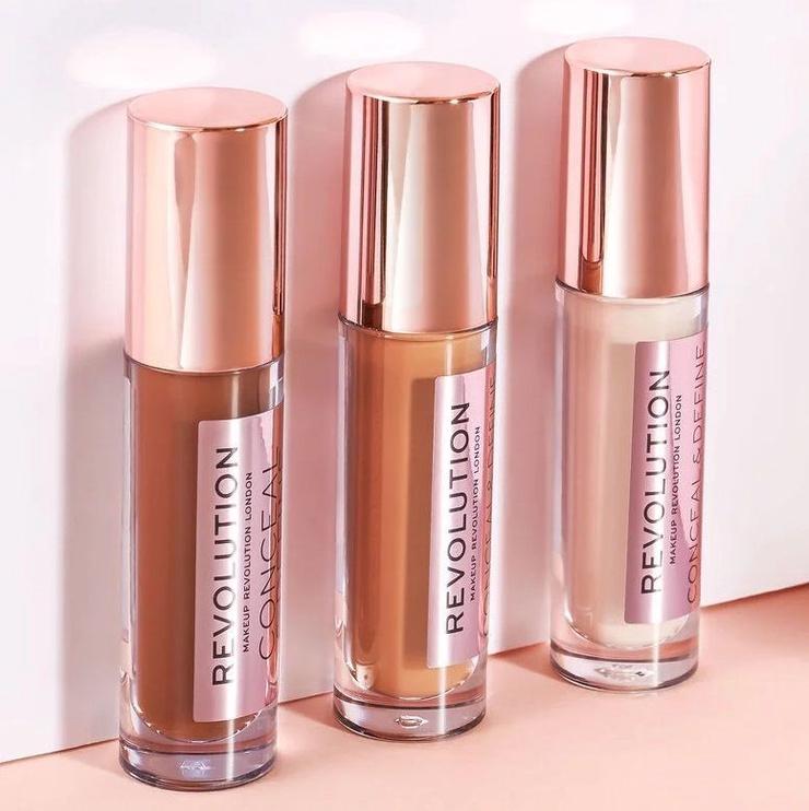 Makeup Revolution London Conceal & Define Foundation 23ml F3.5