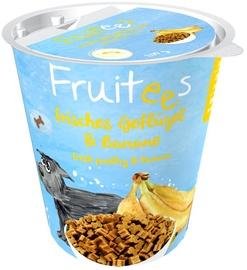 Gardums suņiem Bosch PetFood Fruitees Fresh Poultry & Banana 200g