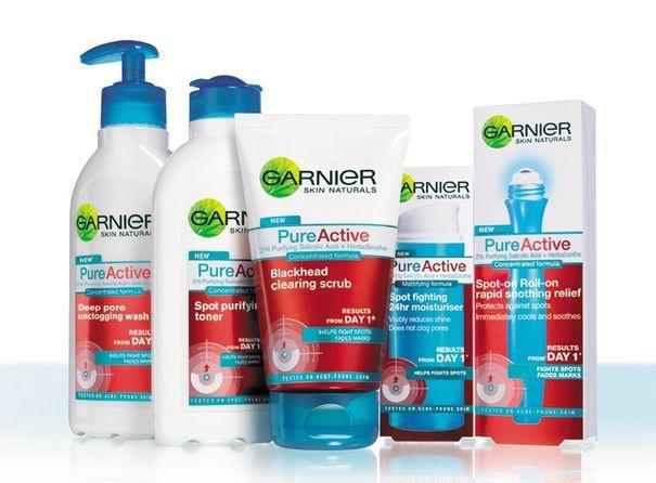 Garnier Pure Active Intensive 3in1 Charcoal Anti-Blackhead Wash, Scrub & Mask 150ml