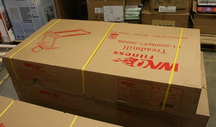 WNQ F1-2000M Treadmill Matt Black (поврежденная упаковка)