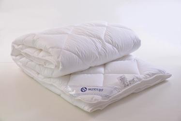 Пуховое одеяло Merkys Pelene, 220 x 200 см