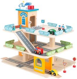 4IQ Wooden Garage 3 Levels Parking Lot