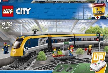 Конструктор LEGO City Пассажирский поезд 60197, 677 шт.