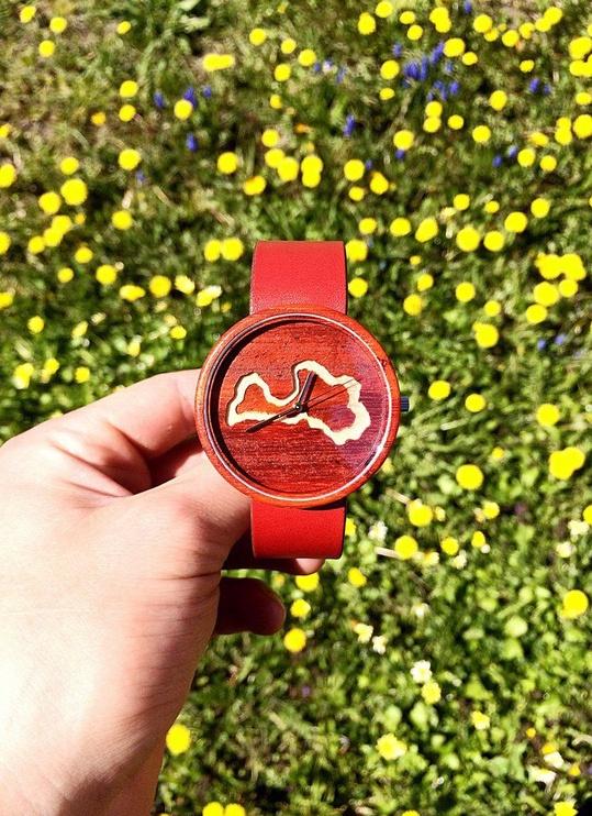 Universālais rokas pulkstenis OVi Watch Latvietis Unisex Wooden Watch