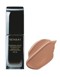 Sensai Flawless Satin Foundation SPF20 30ml FS204
