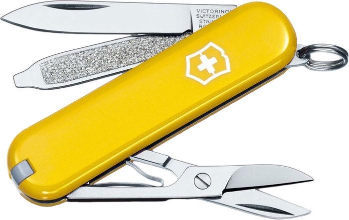Victorinox Classic SD 0.6223 Knife Yellow