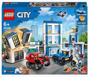 Konstruktors LEGO City Policijas iecirknis 60246, 743 gab.