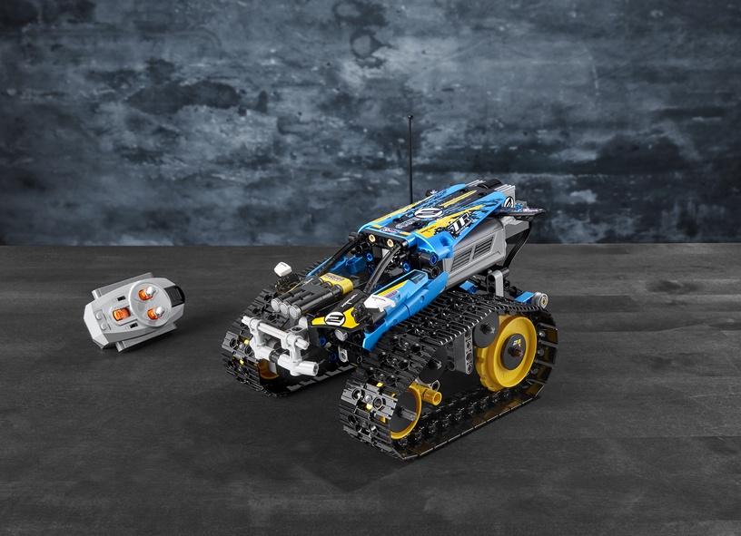 Konstruktors LEGO Technic Remote-Controlled Stunt Racer 42095