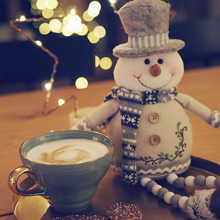 Dekorācija DecoKing Christmas Decor Snowman 53cm