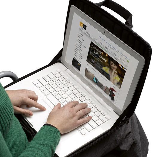 Case Logic QNS-113 Laptop Sleeve 1